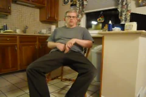 dad jacking in the kitchen