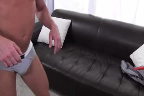 gayCastings guy Shows How you Should poke On