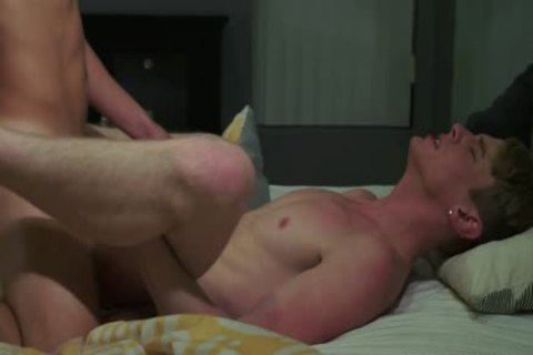 Blonde_Boy_Flip_Flop_Fuck