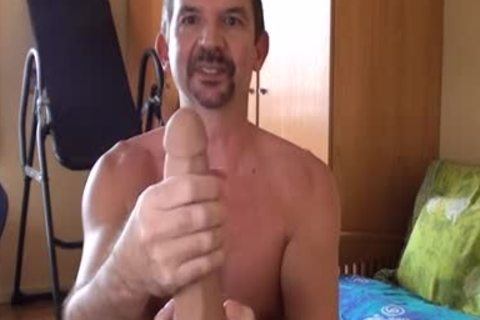 This Is The 2nd movie scene To Show My new dildos I Bought recently.  I Show The Different Versions Of The raw Dawg I Have And The new raw Pup.  Then I Show My new Tommy Defendi sex-toy, Compare It To My Brent Everett sex-toy And Then bang The raw Pu
