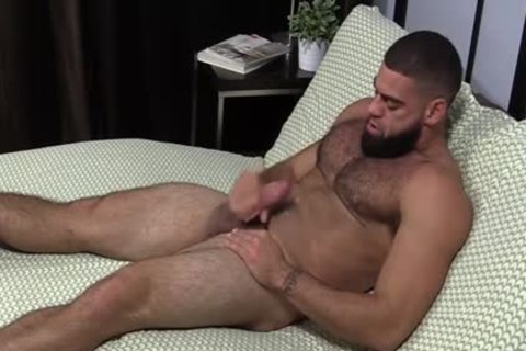 brawny Ricky Larkin jerking off Off whilst Toes Are Sucked