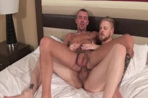 Muscle Son Flip Flop With Creampie