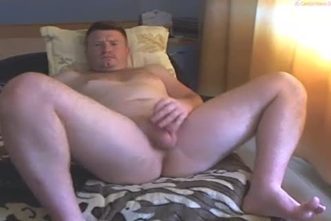 Ginger Cub Exposes His immodest Bits