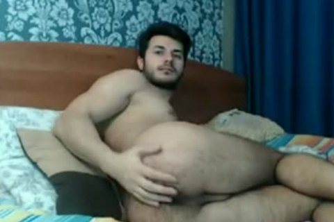 hairy arse man Playing On cam