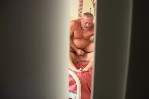 Hidden clip Of A pair Maing Love In bed