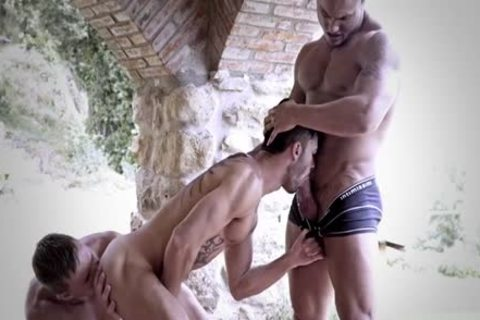 Tattoo homosexual 3some And cumshot