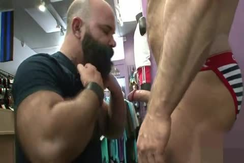 Muscled daddy wazoo Nailed doggystyle