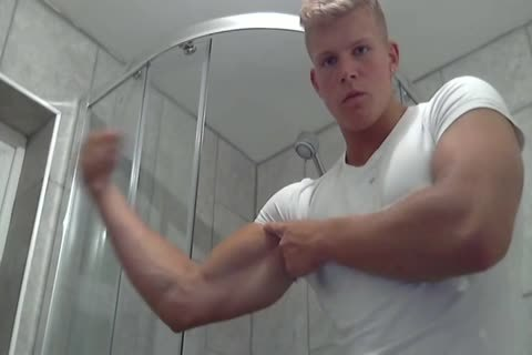 British Shower Hunk