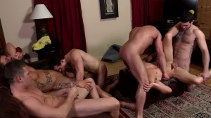 Disqualified - Sebastian young, Hayden Richards anal Hump