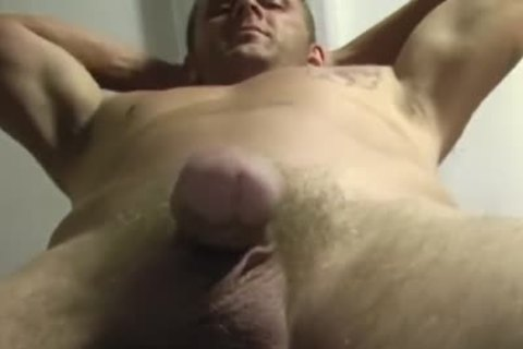 IS THIS THE HOTTEST STRT chap ON PORNHUB???
