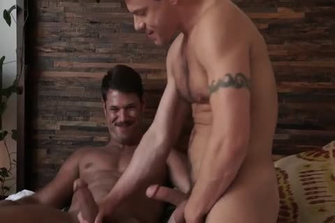 Jesse Santana hammers His ally Tyler Roberts undressed