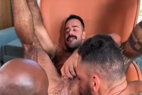 I'm A Fan Of His Way Of Engulfing And Being Bottom: Damn So yummy 3some