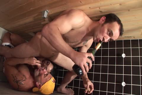 bisexual boyz In A Sauna With sleazy brunette