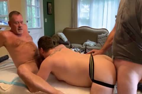 delicious Daddies orgy Party