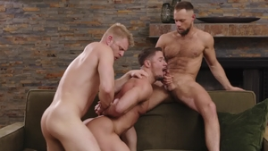 Icon Male: Gagging together with Zayne Roman & Skyy Knox