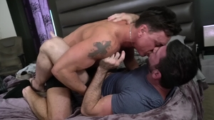 IconMale: Muscle Cade Maddox & Billy Santoro reality rimjob