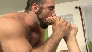 IconMale - Masturbation scene among muscled fetish Hans Berlin