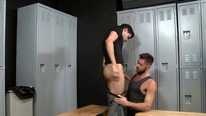 ExtraBigDicks: Hairy Zane Taylor rimming